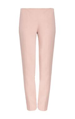 как носить розовые брюки, купить розовые брюки