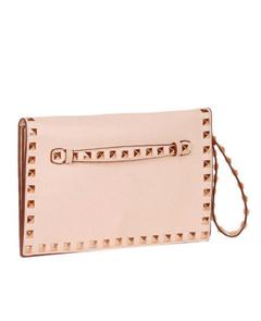 Baggini, розовый клатч с клепками, модный клатч, какой клатч, какая сумка, аксессуары