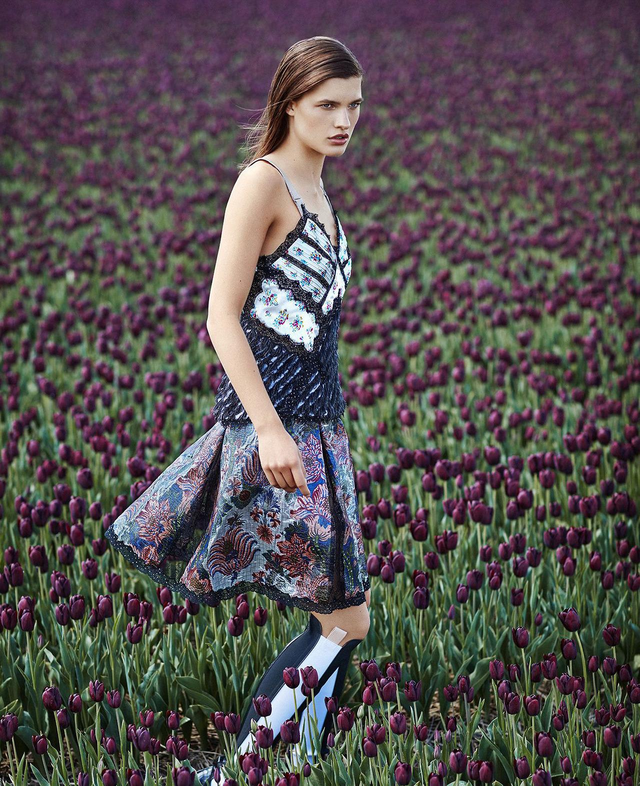 Harper's Bazaar / US2