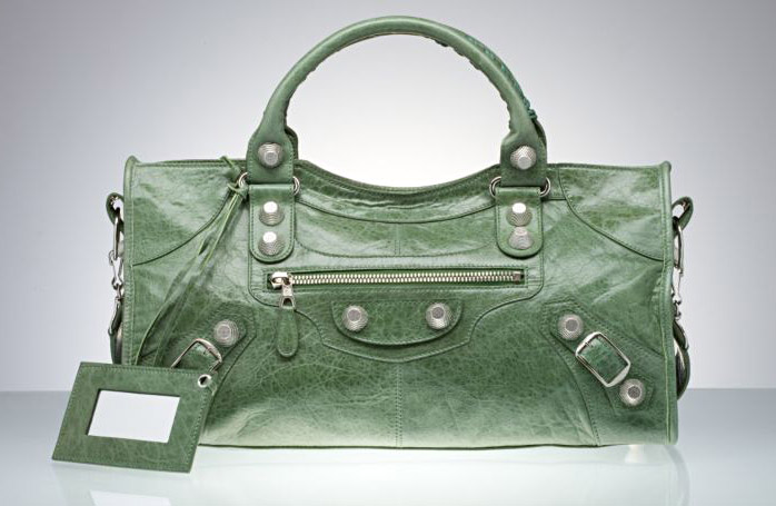 Как отличить копию сумки Balenciaga от оригинала?
