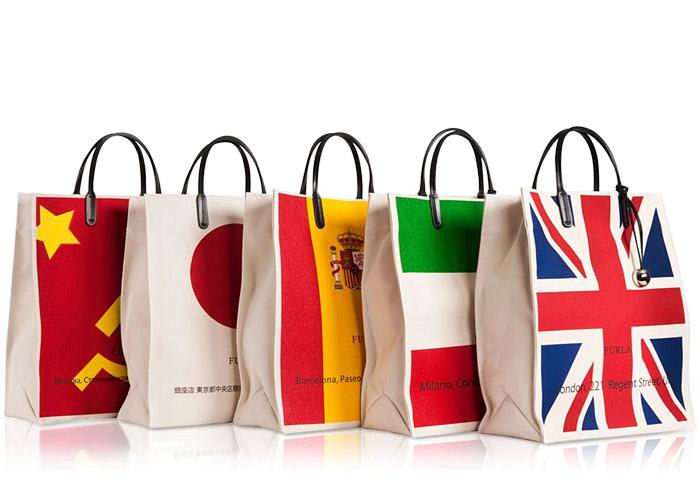 b472d277905e Все эти сумки уже можно встретить в бутиках Furla. В Москве сумки из этой  коллекции можно найти в ЦУМе.